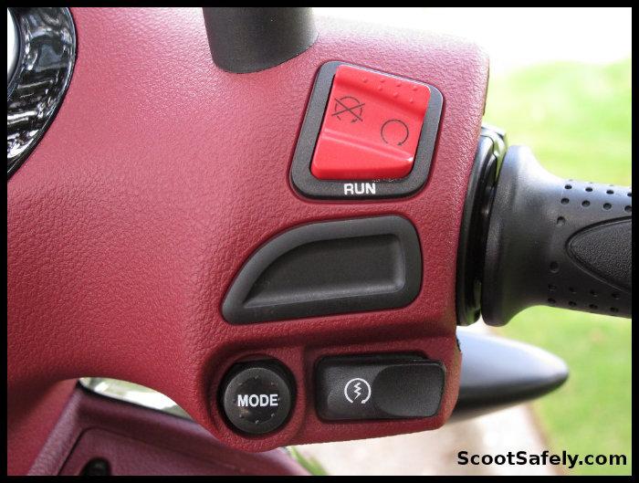 Piaggio BV350 right switch gear